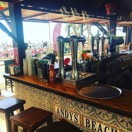 andy's beach bar
